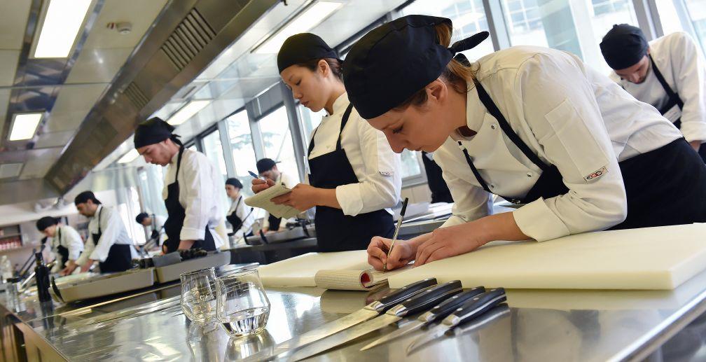 Professione sala gambero rosso academy - Corsi cucina roma gambero rosso ...