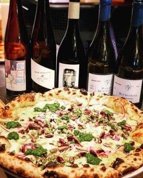 nineOfive Pizza & Wein