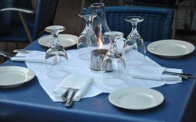 Un tavolo con 4 coperti