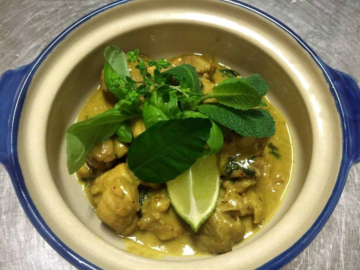 Padiglione delle Cicogne pollo al curry verde ristoranti cinesi Roma