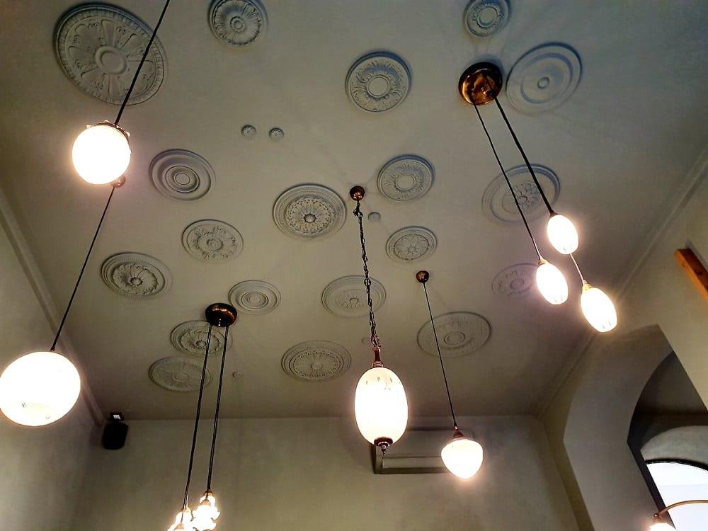 Il soffitto di Sottobosco a Milano