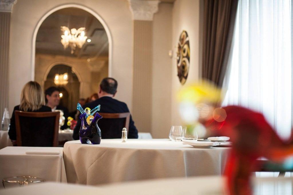 La sala del ristorante Perbellini a Isola Rizza