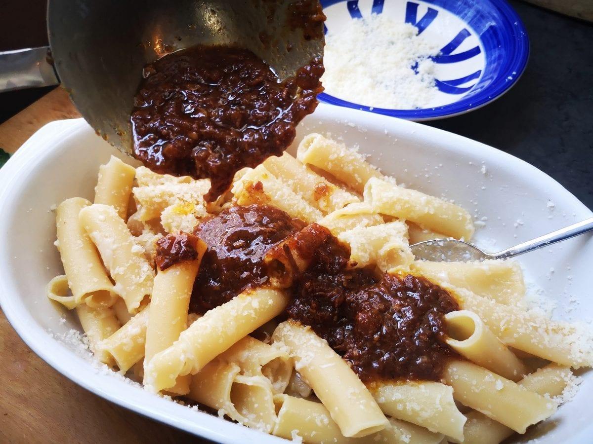 ricetta ragù alla napoletana