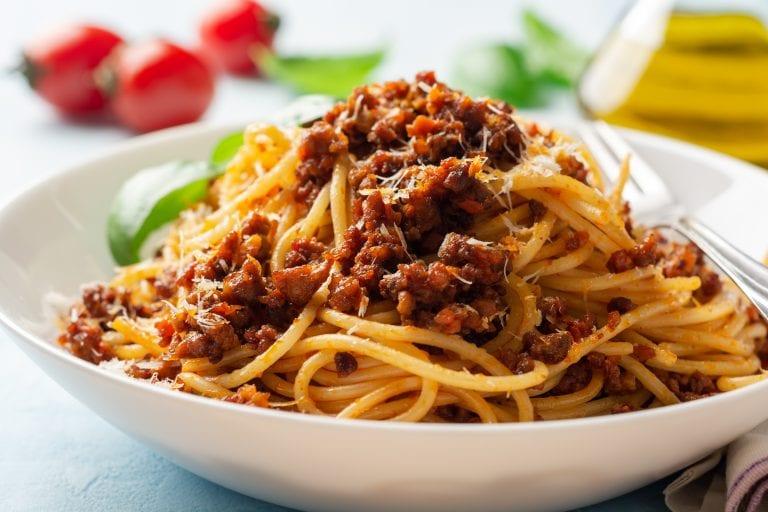 Ricette Spaghetti Bolognese.Spaghetti Alla Bolognese Origine Storia Ricetta Gambero Rosso