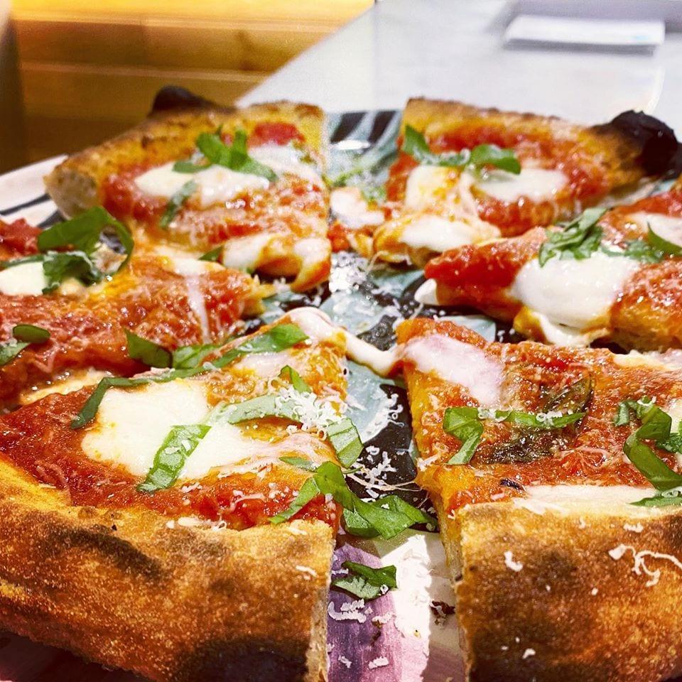 La pizza di Capperi che pizza a Milano