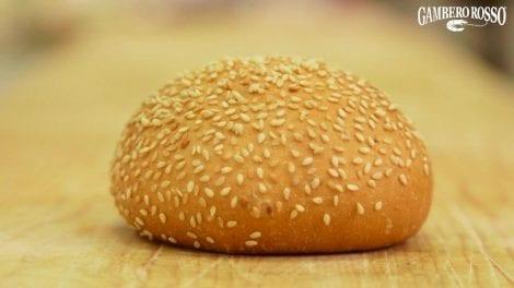 Panini da hamburger. La ricetta di Giulia Miatto e Rita Monastero