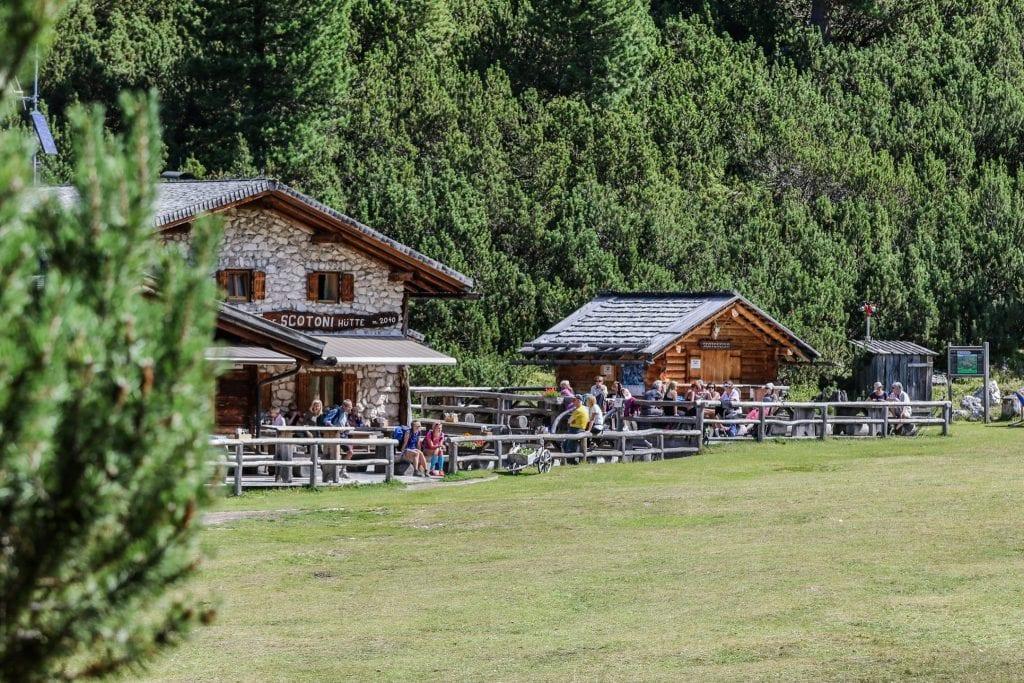 Il rifugio Scotoni in Alta Badia