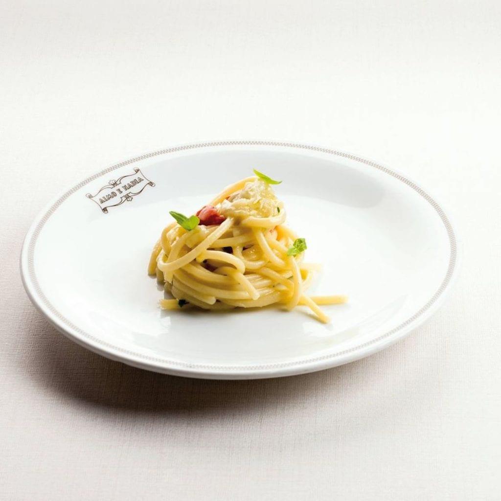 spaghetti al cipollotto Il Luogo Aimo e Nadia