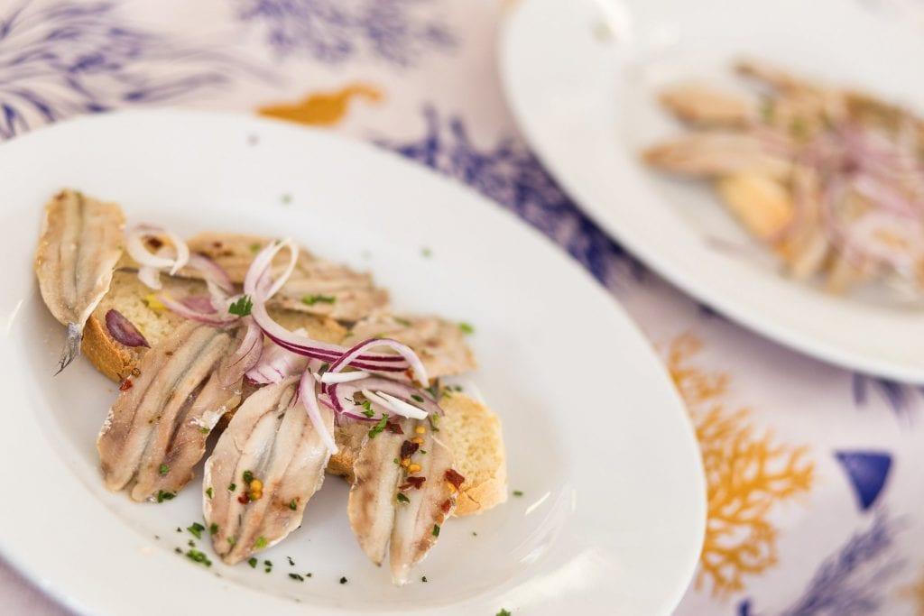 Un piatto di alici dell'Adriatico