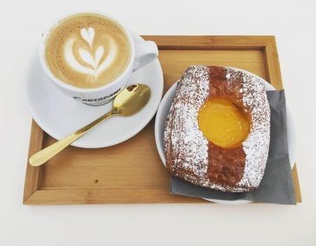 cappuccino e cornetto, Ziva