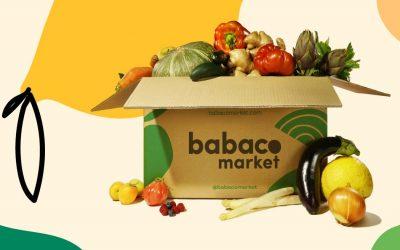 Una scatola di frutta e verdura di Babaco Market