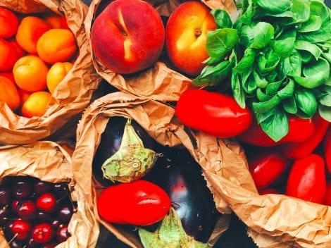 frutta e verdura di stagione estiva