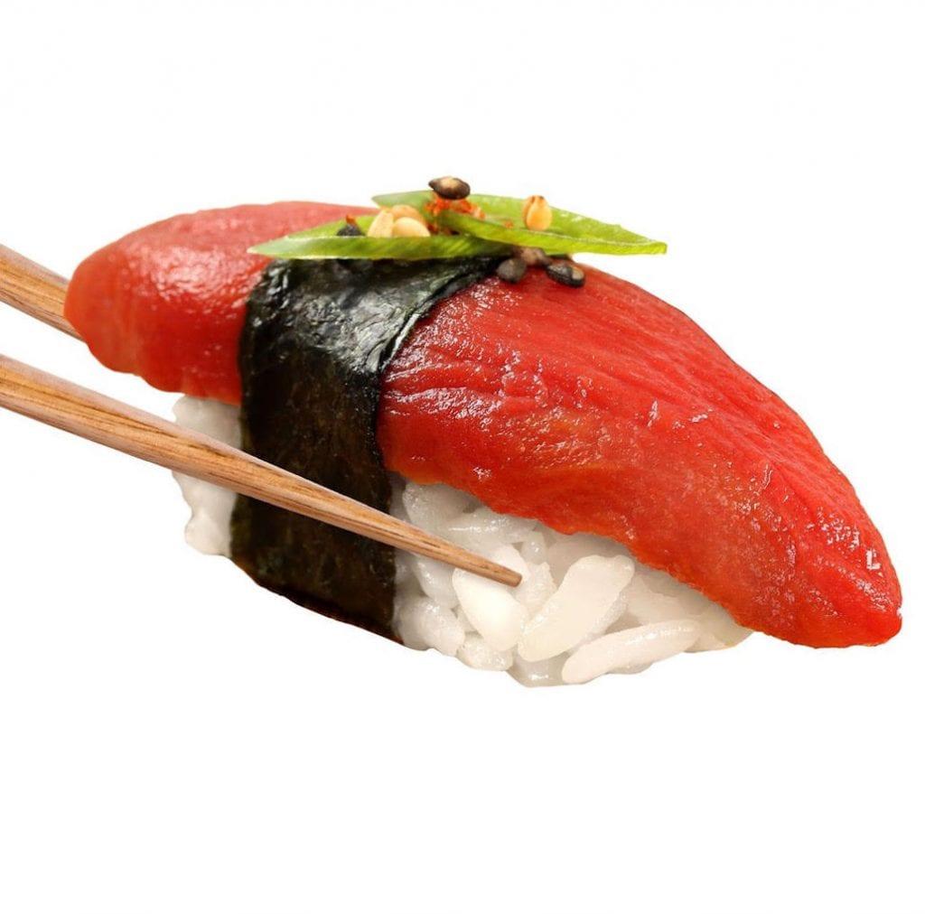 "Ahimi, ""tonno"" crudo (a base di pomodoro) di Ocean Hugger Foods, New York"