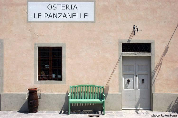 l'ingresso all'osteria le Panzanelle