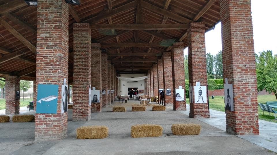 Il portico di spazio Micro a Milano