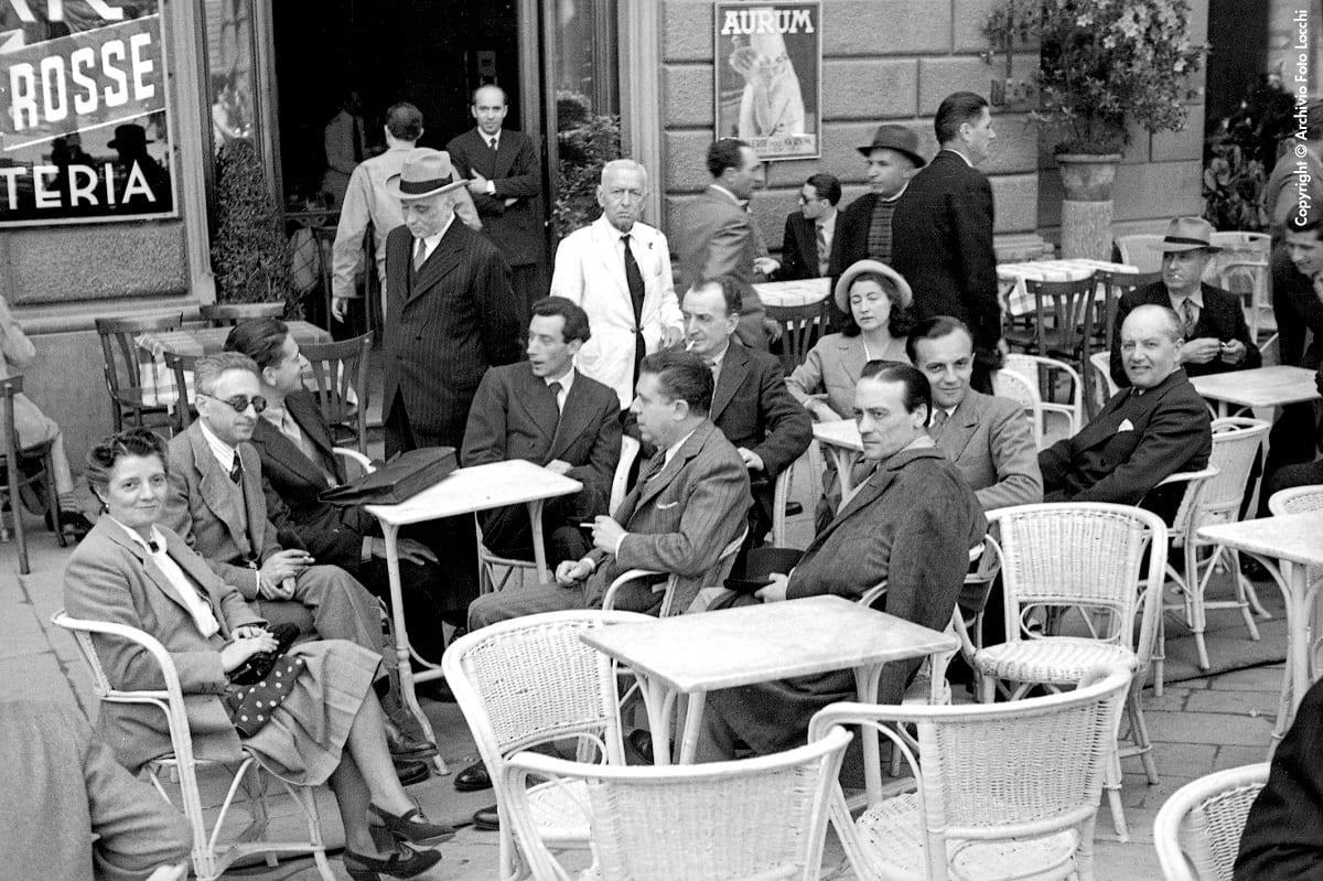 Foto d'epoca al Caffè Giubbe Rosse