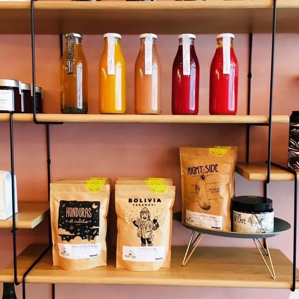 Nowhere Coffee&Community, interno locale