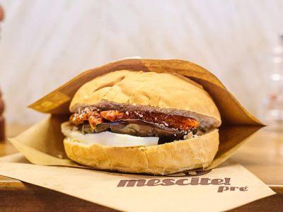 hamburger vegetariano di Mescite, Genova
