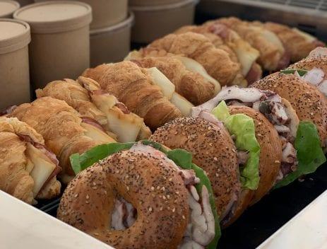 Bagel e croissant salati a La Centrale