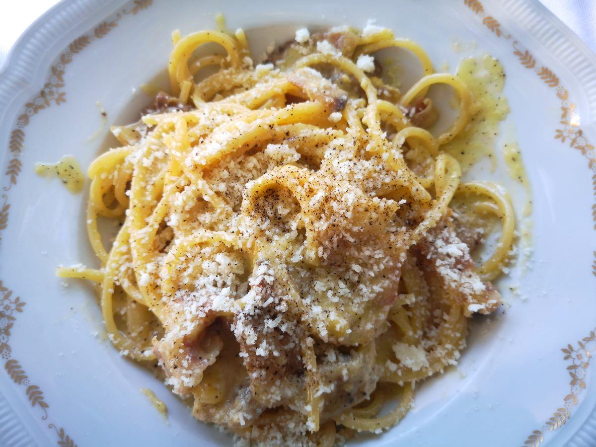 Ecco dove mangiare la migliore carbonara di Roma: Checchino
