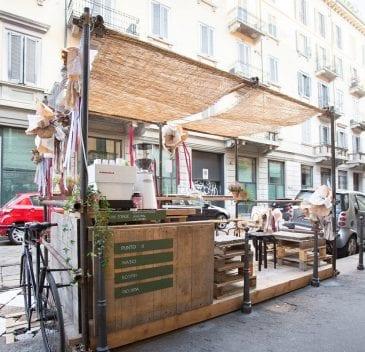 Il dehors de Le Polveri a Milano