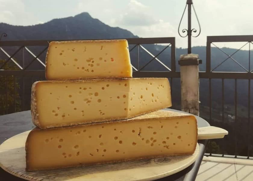 Forme di formaggio Ol Minadur
