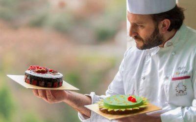 Pietro Macellaro con le sue torte