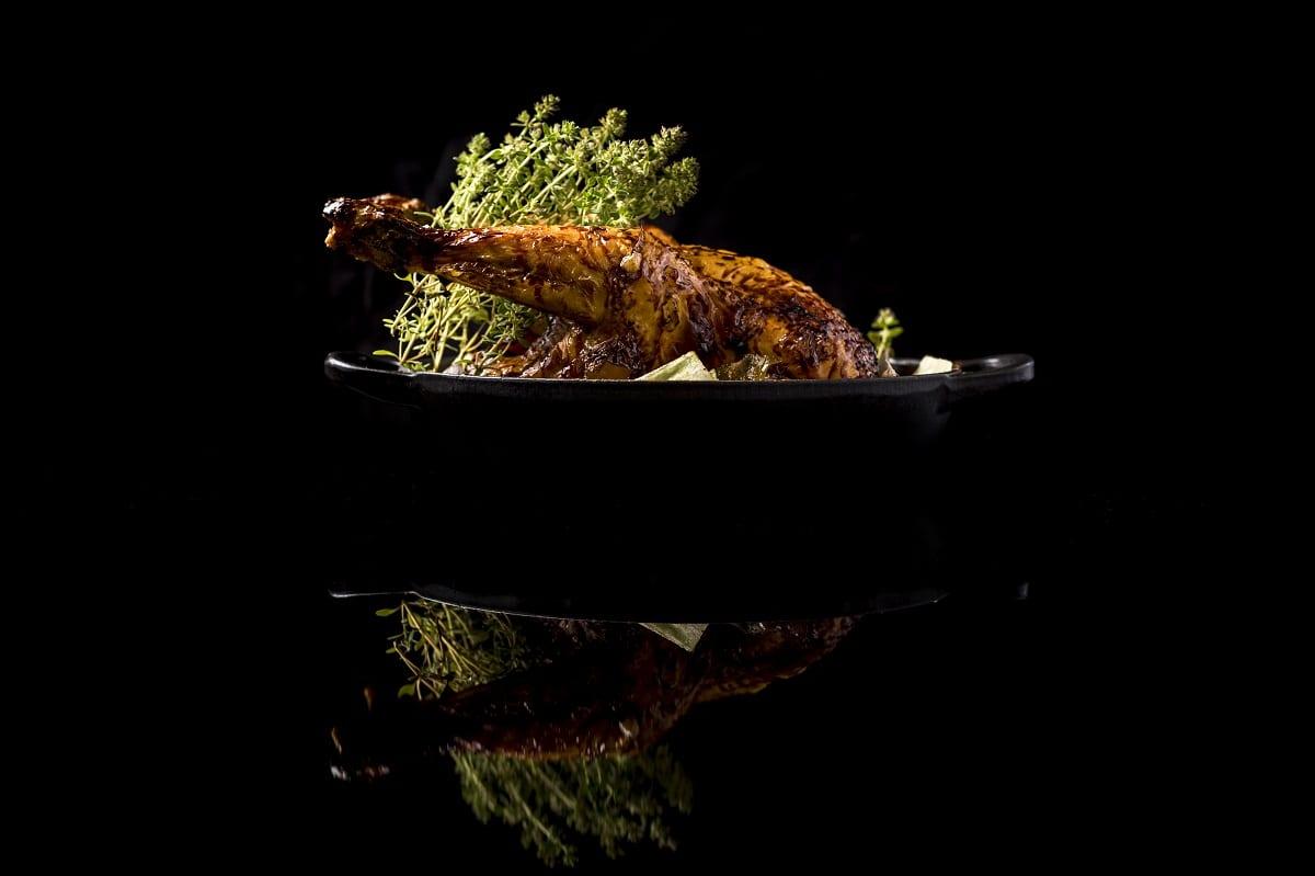 Il pollo in due culture di Francesco Apreda