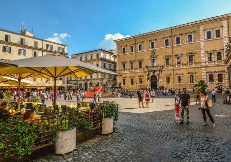 Le migliori botteghe e laboratori artigiani di Trastevere. Tra insegne antiche e novità