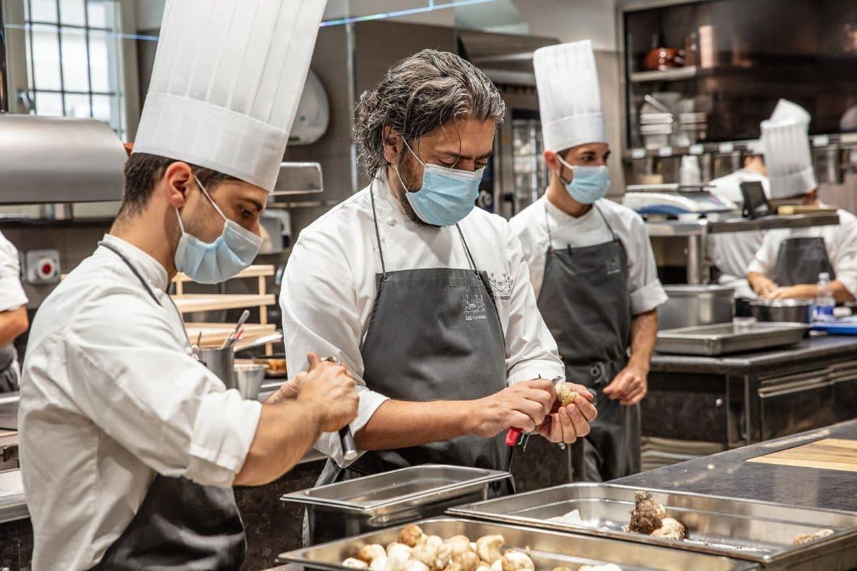 Cucine solidali. Il ristorante del Cambio a Torino