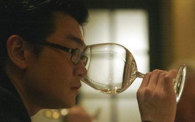 Rudy Kurniawan degusta un vino