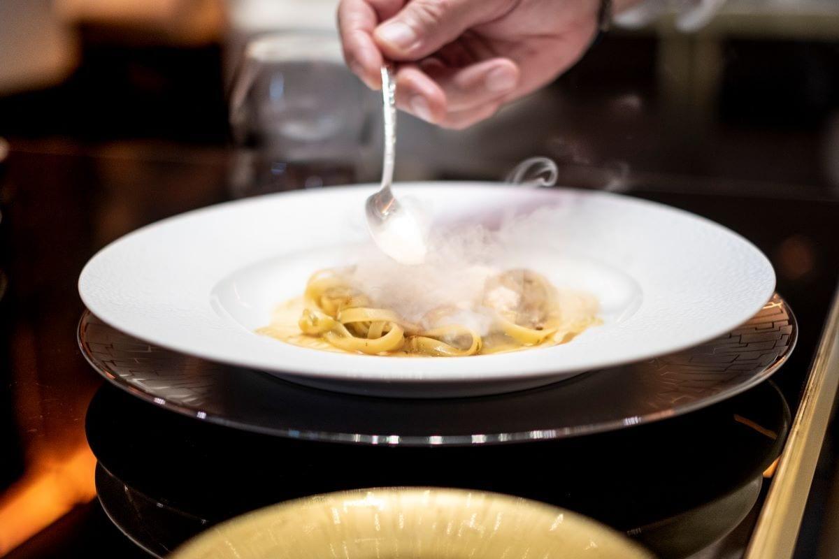 Fettuccelle di kamut ai porri, nocciole e foie gras di Apreda