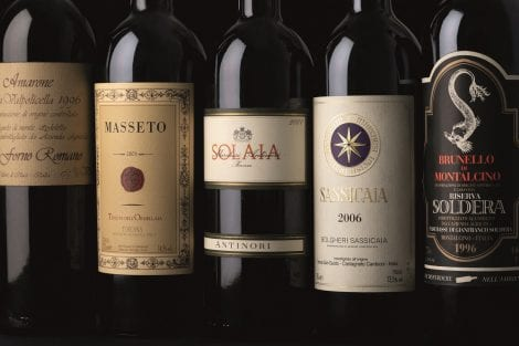 Bottiglie di grandi vini italiani