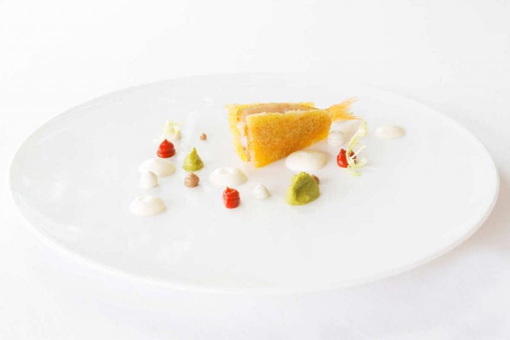 Triglia-di-scoglio-croccante-Scarola-mozzarella-affumicata-essenza-di-pomodoro-olive-e-capperi Chef mancino Piccolo principe