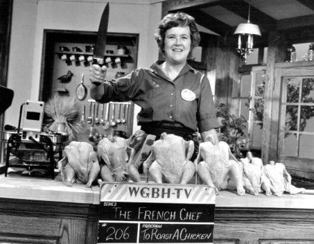 Julia Child insegna ad arrostire un pollo