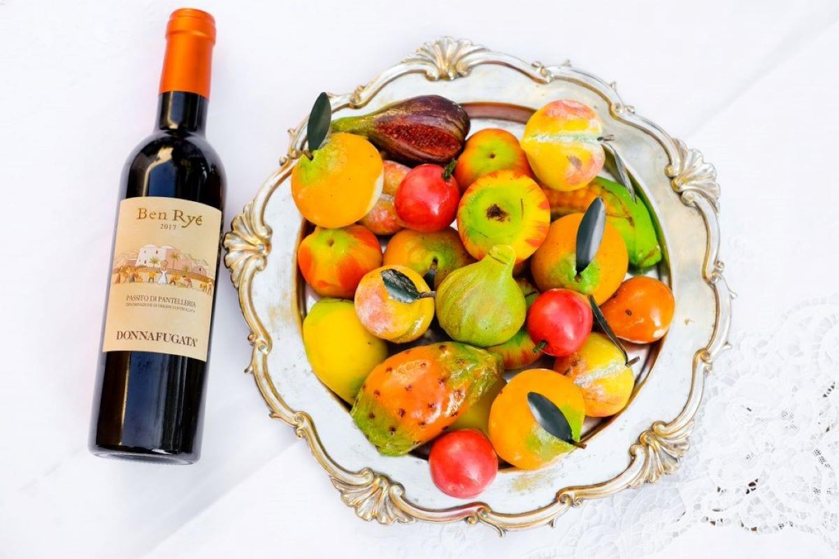 Frutta Martorana donne del vino