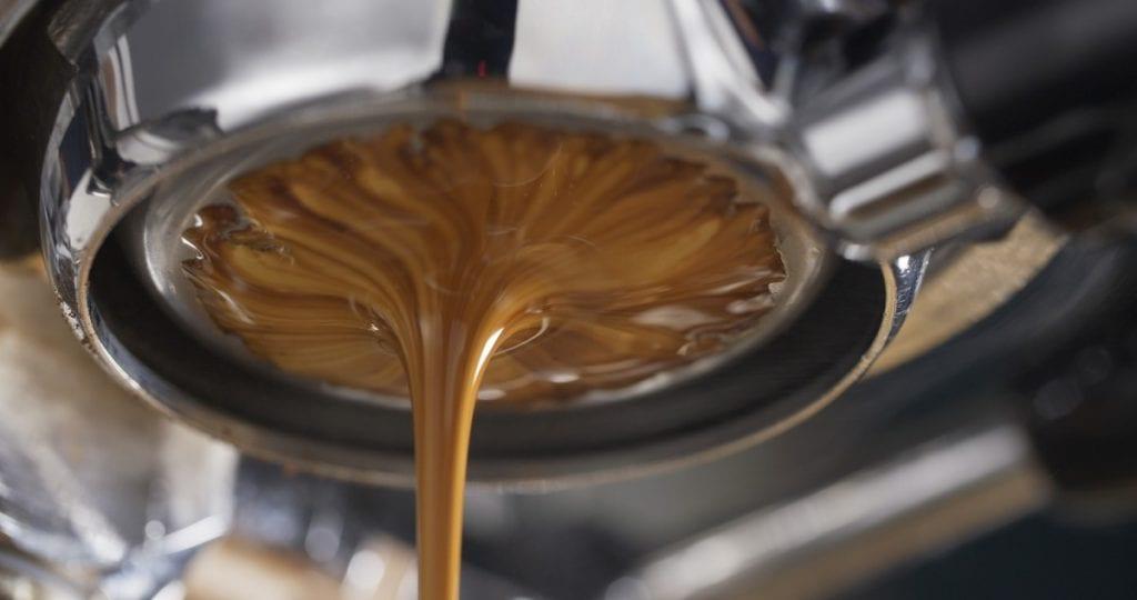 estrazione del caffè espresso