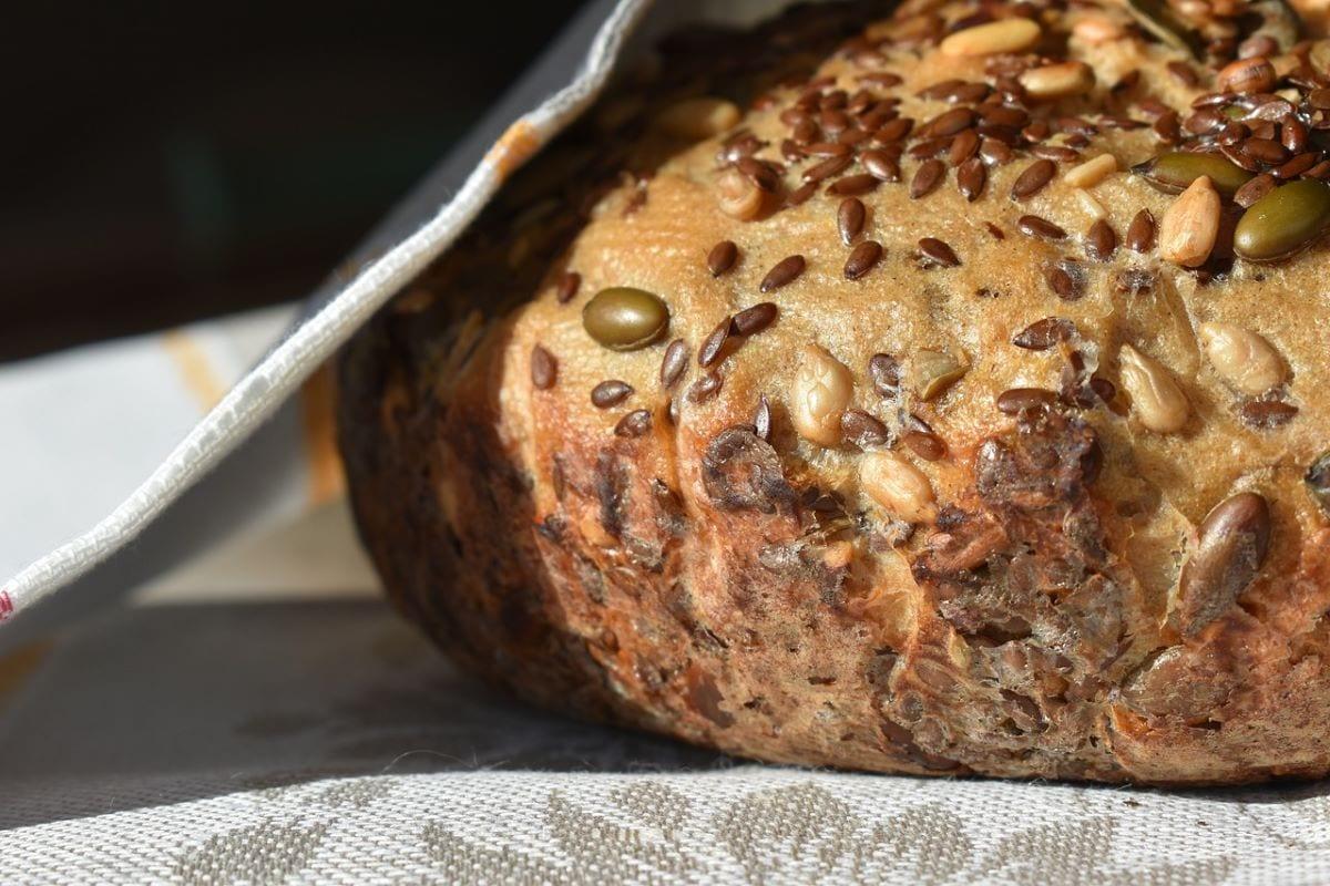 Pane semi di lino