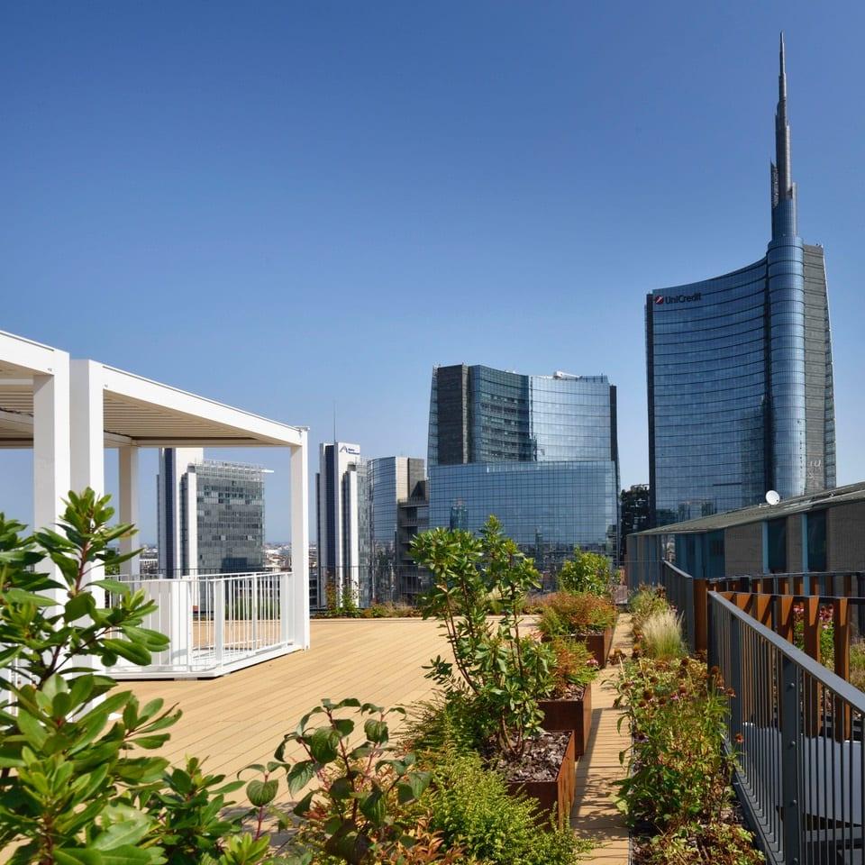 La terrazza dell'hotel Milano Verticale
