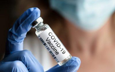 Una fiala di vaccino anti covid
