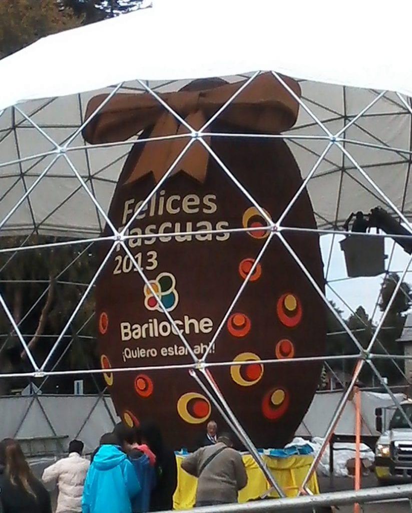 uovo gigante in Argentina