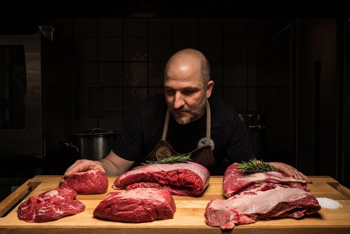 Carlo Alberto, macellaio di carne di cavallo