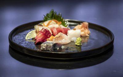 Selezione sashimi Umi - Sgombro seppia dentice salmone marinato tonno spigola ricciola-