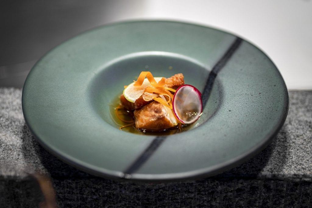 UMI Starter – Shiromisakana nanbanzuke – Spigola fritta e marinata 24h in carpione giapponese con verdure