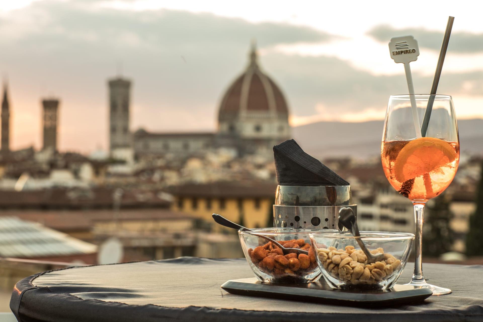 Firenze riparte dai cocktail bar d'albergo