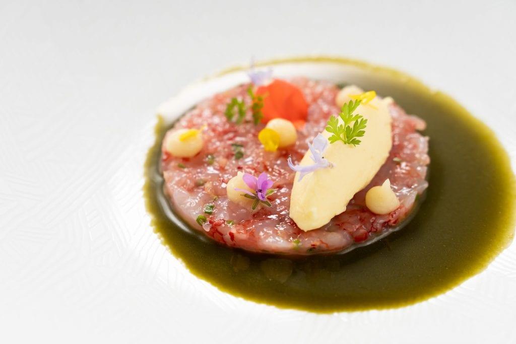 Tartare di gamberi rossi e gelato al Parmigiano Corrado Parisi - Du Matt