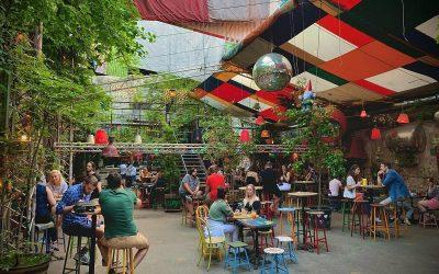 Scopri la storia dei ruin pub a Budapest