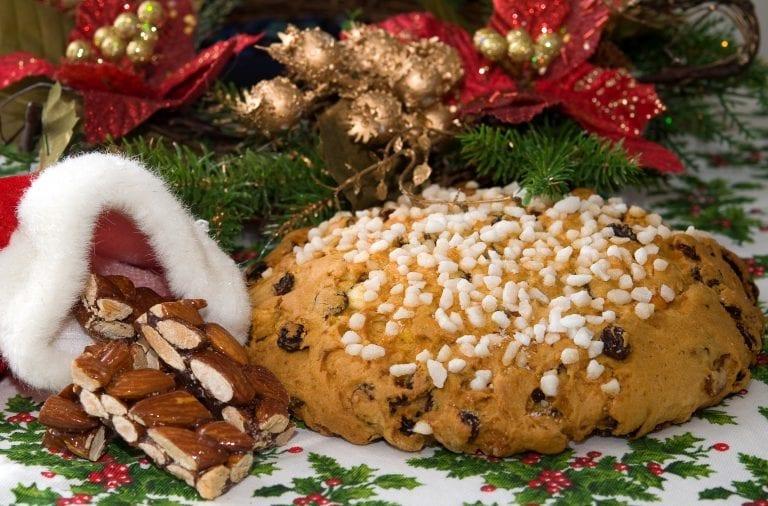 Biscotti Classici Di Natale.I 15 Dolci Di Natale Del Nord Italia Gambero Rosso