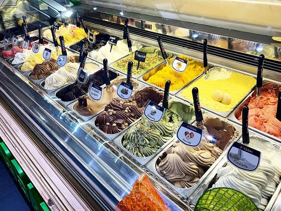Offerta di gelati della gelateria palermitana Al Cassaro