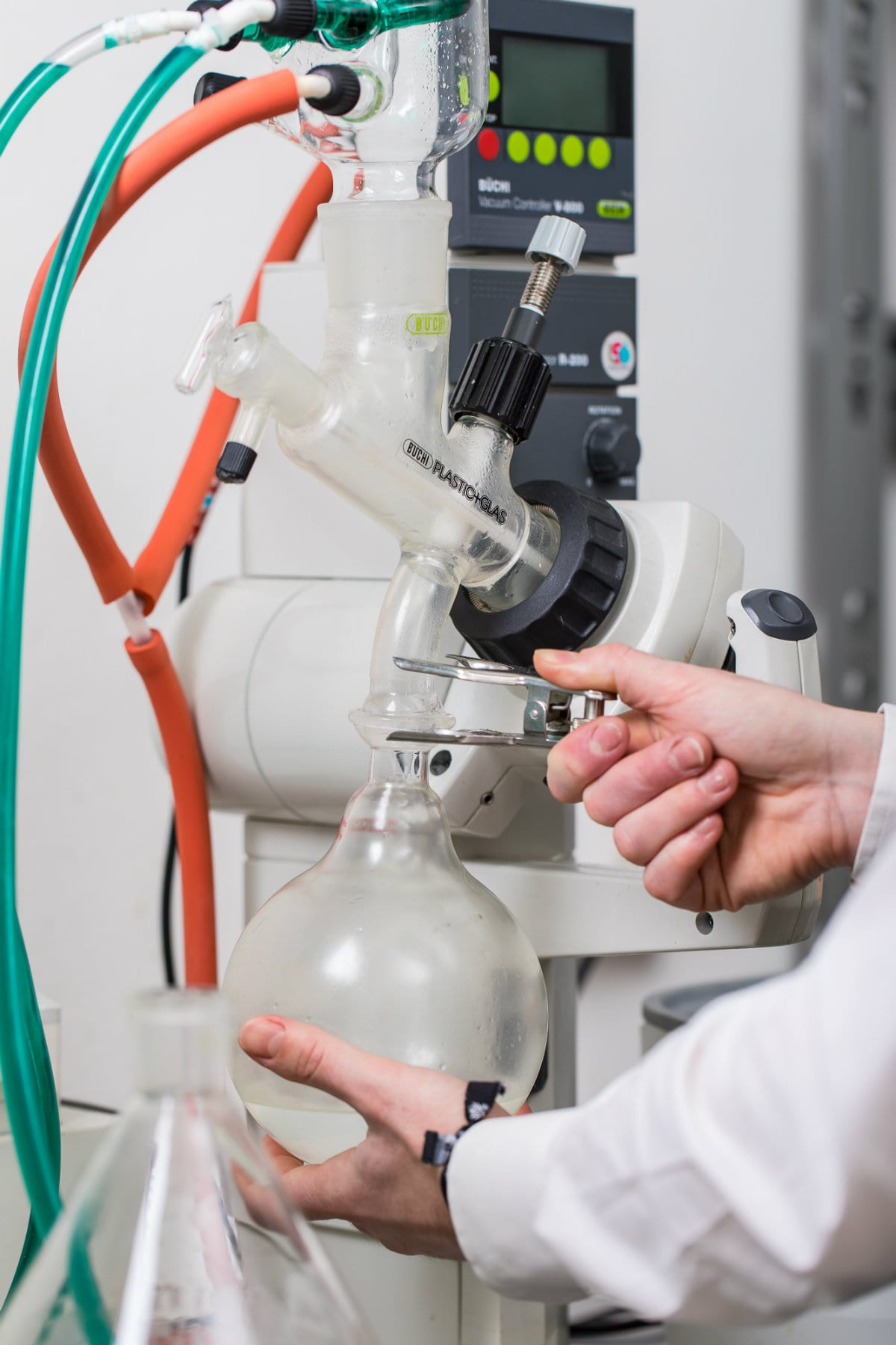 Distillatore che verrà utilizzato nel laboratorio a vista di Latta, Il pub moderno che propone cocktail, fermentati e birre in lattina